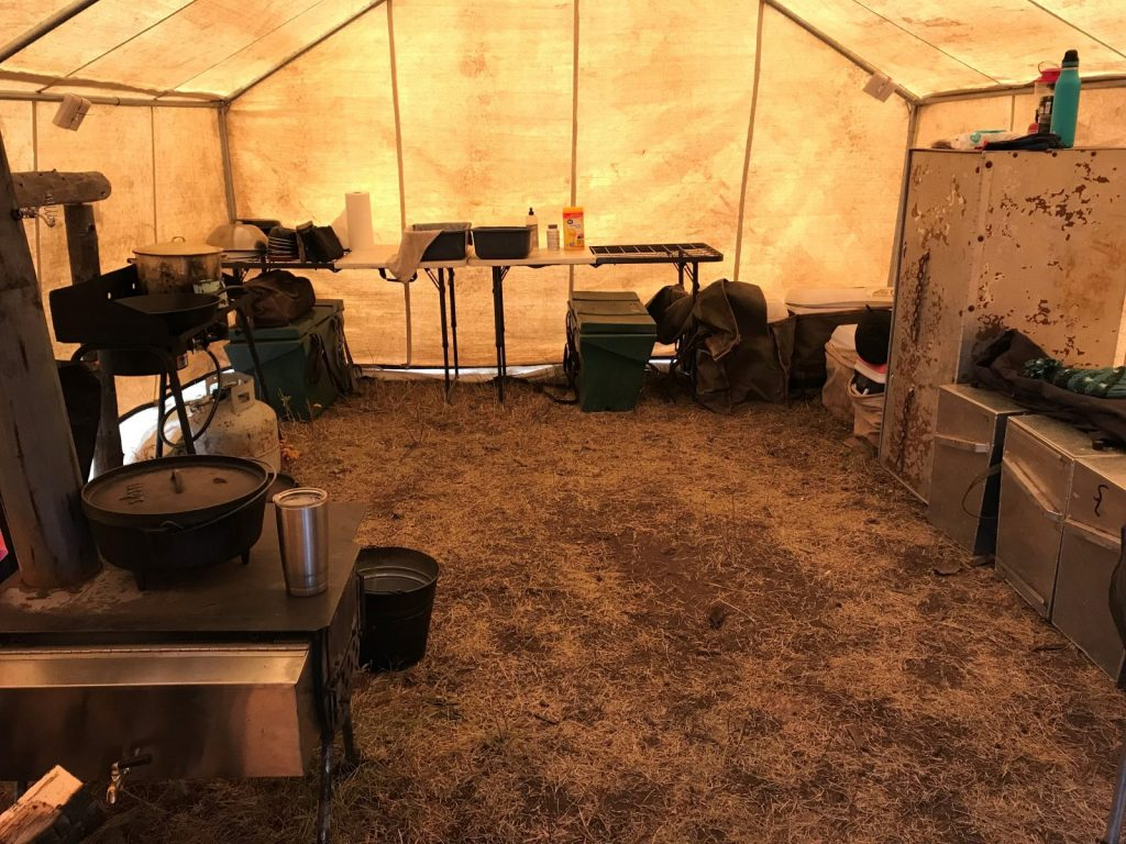 Backcountry Hunting Outfitter in Wyoming with full-service Camp