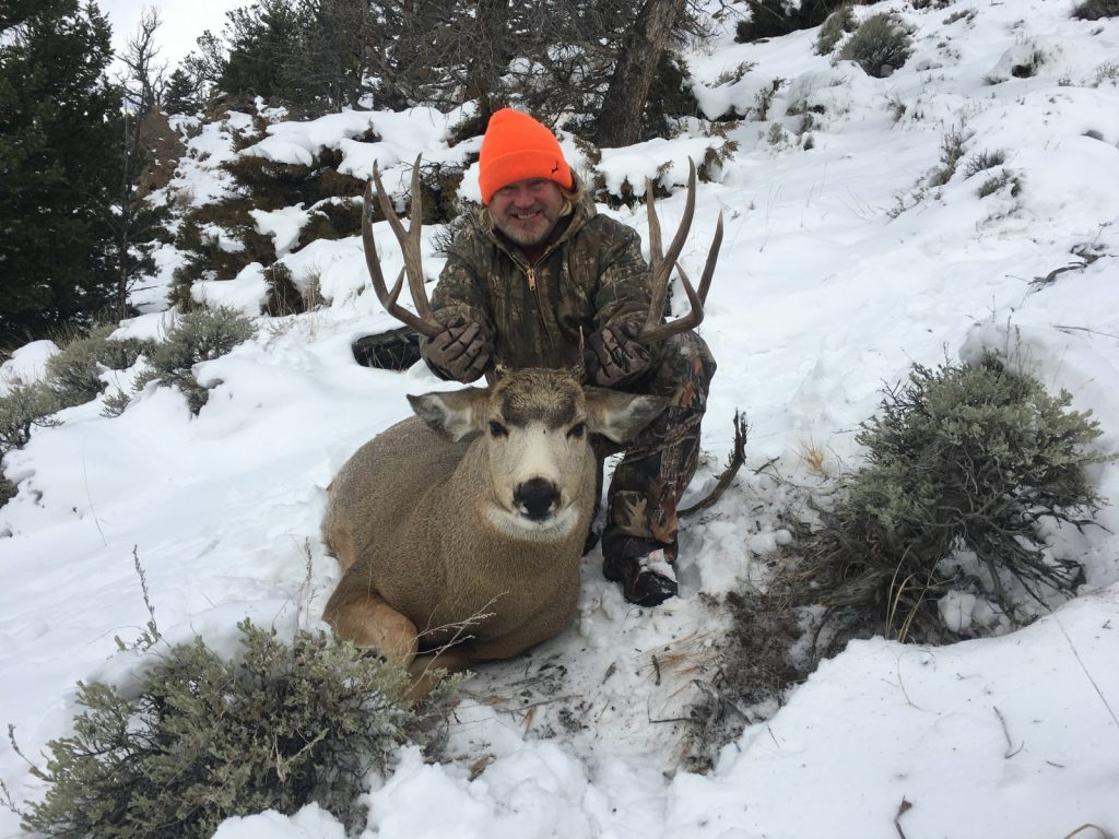 Monster mule deer from Wyoming creating a lifetime hunting experience in Yellowstone country